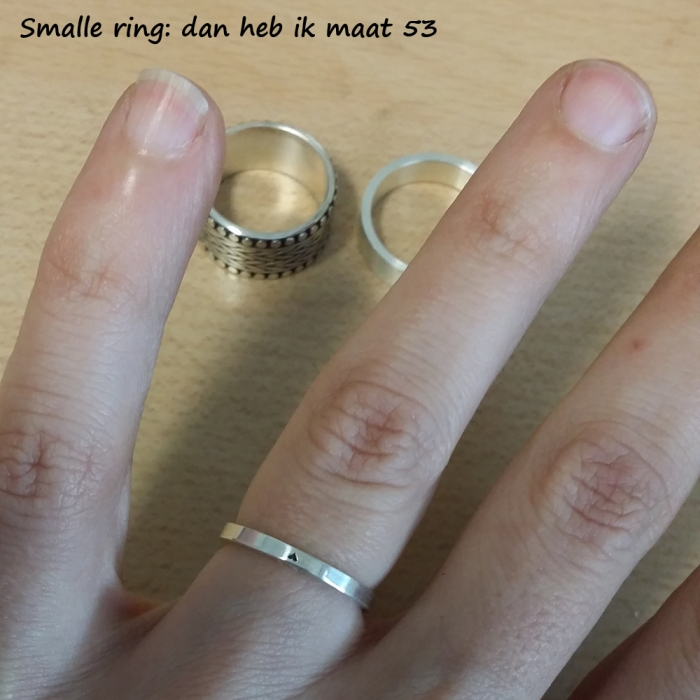Smalle ring: iets kleinere maat